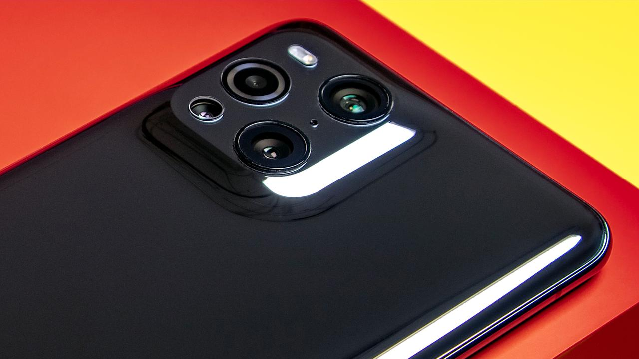 Review-OPPO-Find-X3-Pro-is-a-smartphone-with-a